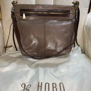 Hobo Banyon leather bag in Ash